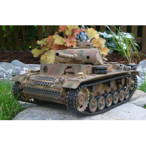Taigen 2.4 GHz  Panzer III Special edition + BB shoot...