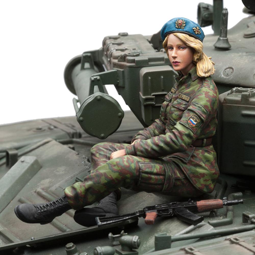 sol 1 16 udssr weibliche figur infanterie 49 95. Black Bedroom Furniture Sets. Home Design Ideas