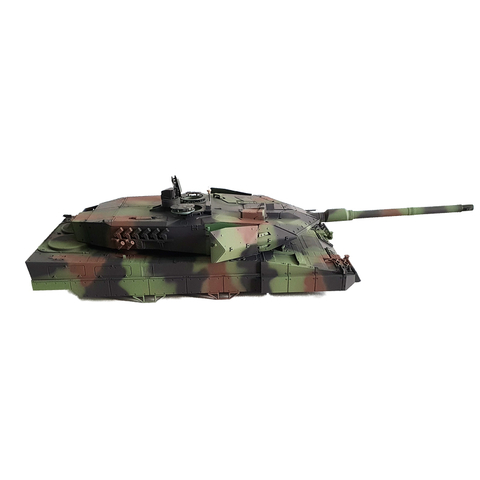Leopard 2A6 - painted upper hull with metal turret, gun action recoil, metal gun, IR-system (prepared), 360° system